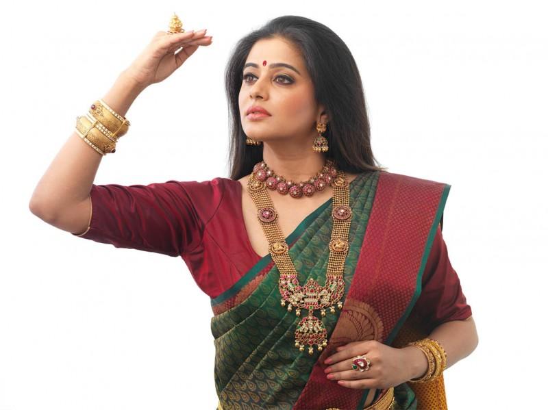 Jewels of India - Actress Priya Mani